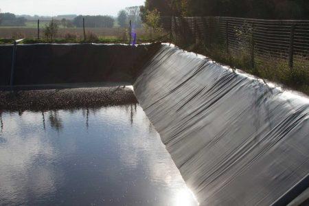 Etancheite-stockage-effluents protection bâche de qualité baches bache bâches étanchéité professionnel professionnelle bâches sur-mesure bache sur mesure protection protections solaire ombrage structure professionnelle a
