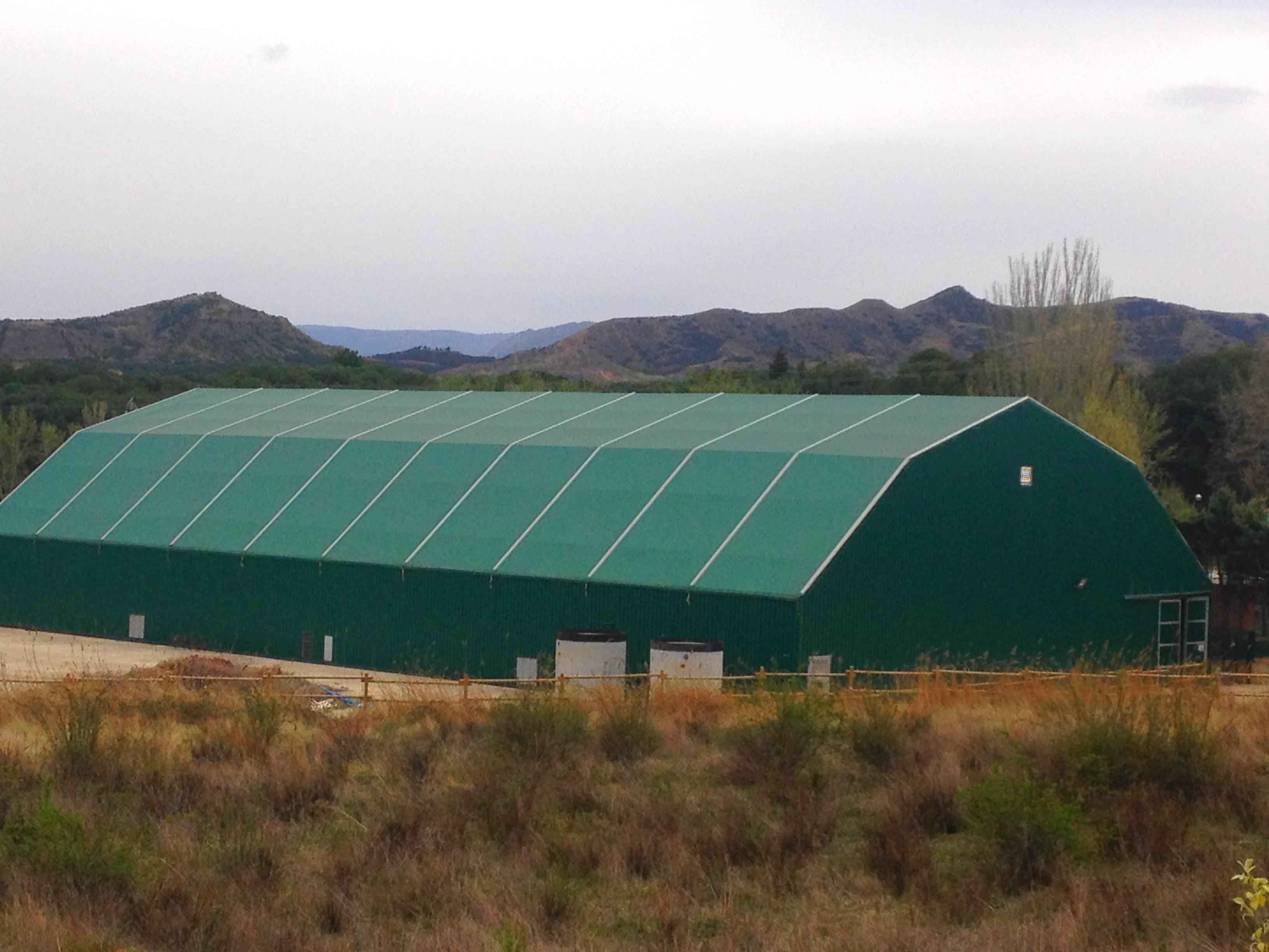 Fabricant de b ches agricole sur mesure sofareb vend e for Bache de bassin sur mesure