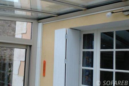 pergola-qualite-professionnelle-particulier-sur-mesure-mesures-vendée-qualité-france-française-Sofareb-local-expérience-structure-particulier-professionnels-protection-solaire-pergola-terrasse-exterieur-design-moderne-jardin-ombre-ombrage-abri-fermee
