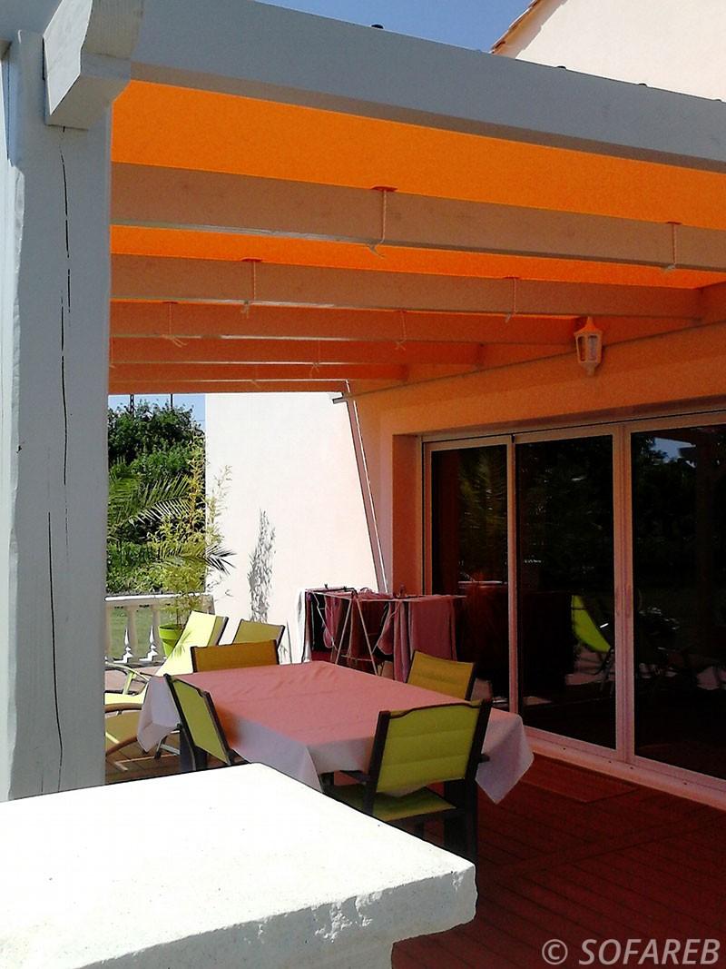 Voile Ombrage Pergola Bois pergola-structure-bois-toile-tendue-orange (4) - sofareb