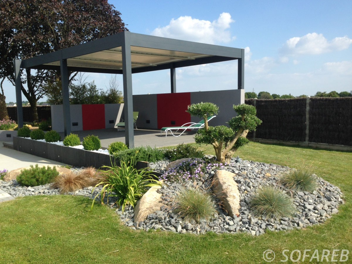 pergola-structure-noire-jardin-exterieur-design ...