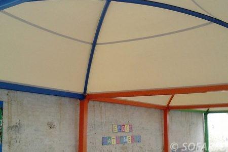 pergola-qualite-professionnelle-particulier-sur-mesure-mesures-vendée-qualité-france-française-Sofareb-local-expérience-structure-particulier-professionnels-protection-solaire-pergola-terrasse-exterieur-design-moderne-jardin-ombre-ombrage-abri-coloree-collectivite