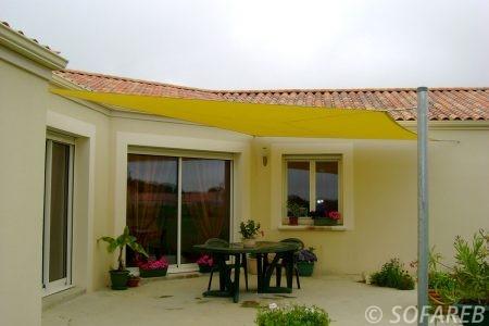 Voile d ombrage jaune terrasse