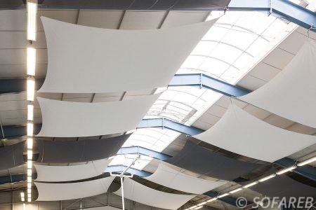 solution-acoustique-salle-sport-collectivités-territoriales-infrastructures-réverbération-son-résonance-bâtiment-esthétique-design-particulier-décoration-intérieur-vendée-sofareb-vendée-entreprise-bâche-bache-baches-sur-mesure-qualité-surmesure-tissu-technique-professionnel