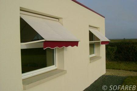 store blanc et rouge devanture fenêtre extérieure - rétractable et dépliable