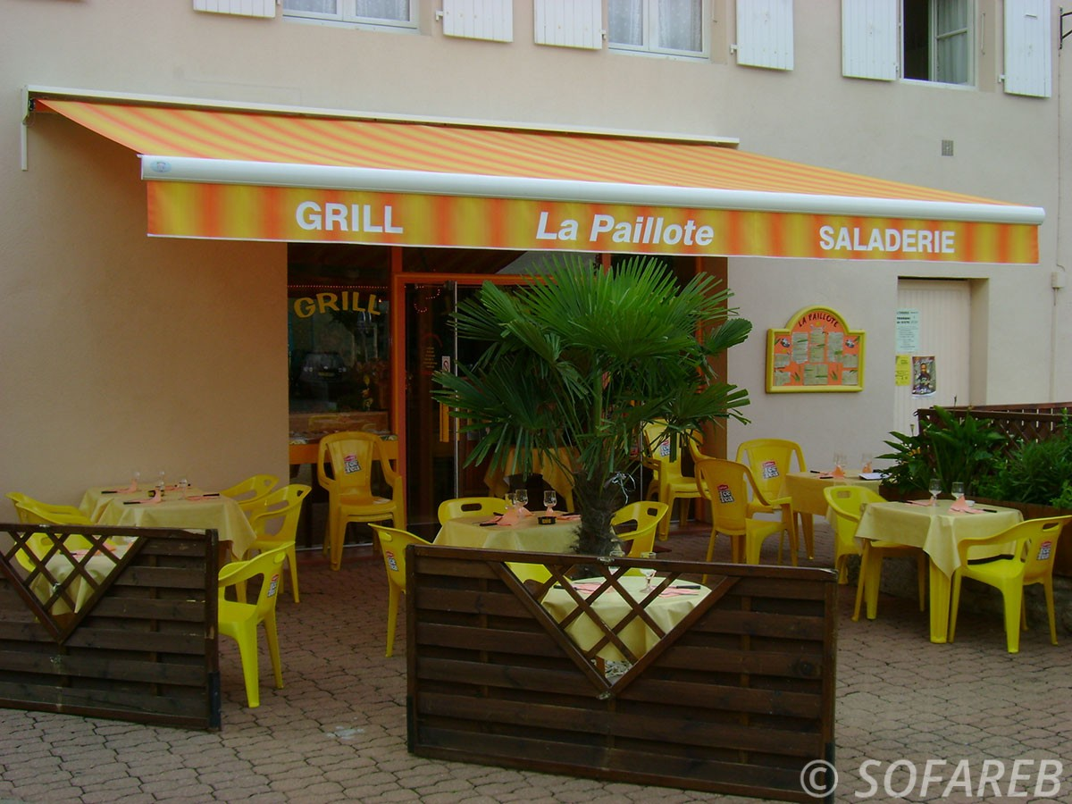 Store orange et jaune depliable - devanture restaurant fabrication vendee store