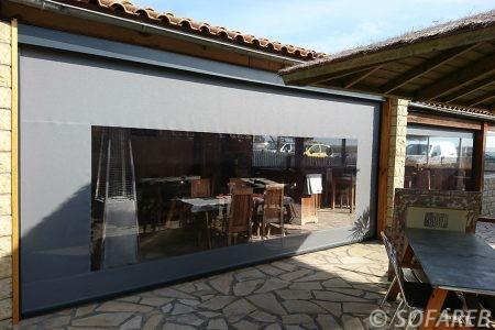 velum gris et transparent - vertical - pouvant s'ouvrir et agrandir la terrasse