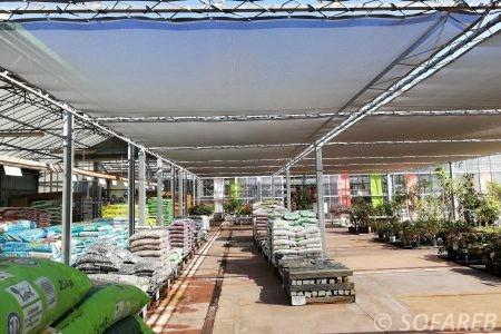 Brises-soleil-installes-pour-une-pepiniere-en-vendee-85