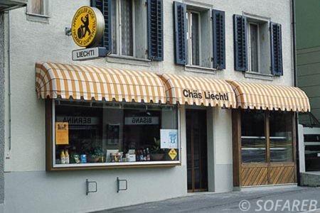 store blanc et jaune casse - ombrage vitrine magasin fabrication vendee store