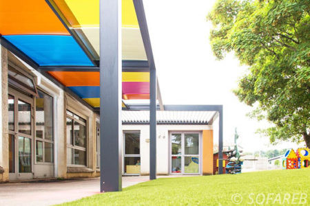 pergola colorée préau école primaire